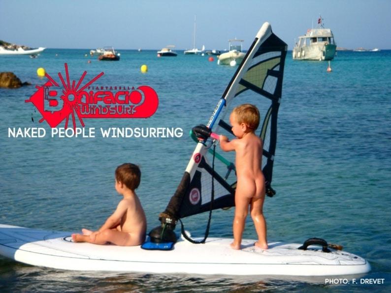 Place aux jeunes : baby windsurfer