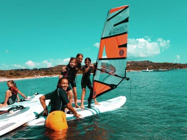 apprendre le windsurf en s'amusant